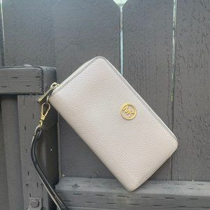 Michael Kors Jet Set Travel Wallet Phone Wristlet
